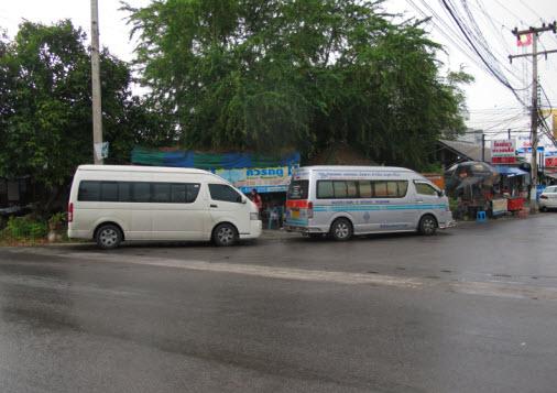 bangkok_minivans